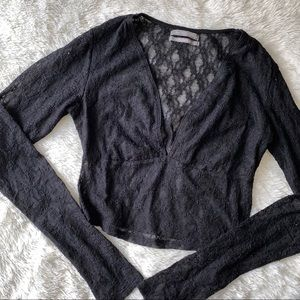 Urban Outfitters vneck crop top